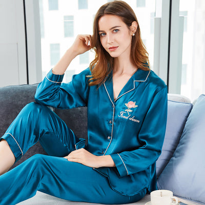 19 Momme Flower Embroidery Silk Pajamas
