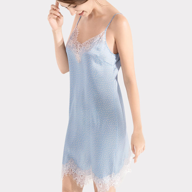 22 Momme High Quality Women's Lovely Point Lacey Silk Nightgown