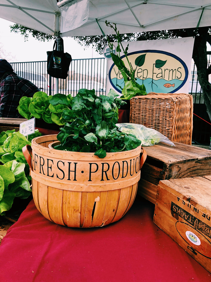 5 Reasons to Shop at Your Local Farmers Market