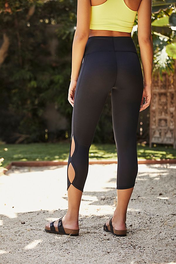 Free People Movement High-Rise Cropped Infinity Leggings - gilt+gossamer
