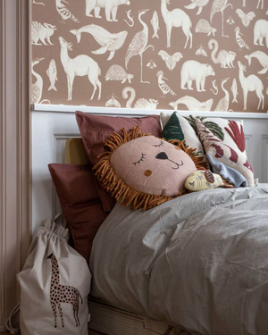 Vankúš FERM LIVING Safari Lev - Dusty Rose