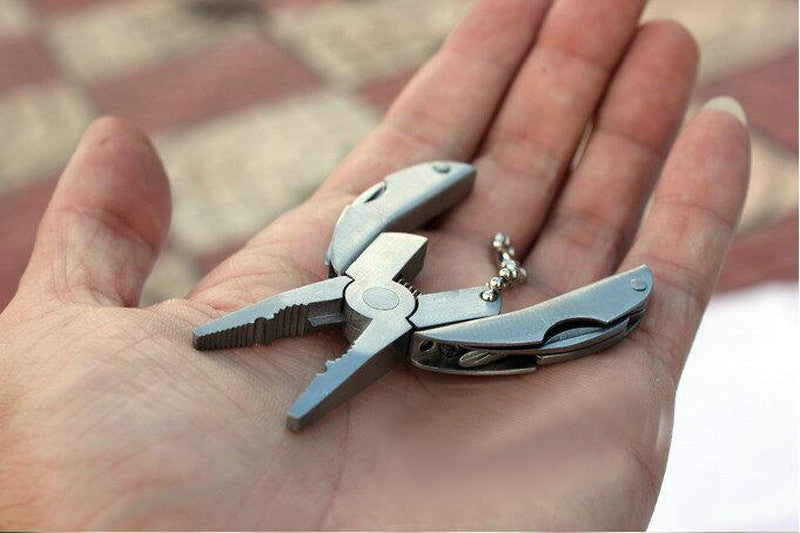 Portable Multifunction Stainless Steel Foldaway Knife Keychain Screwdriver,Folding Plier,Camping Survival EDC Tools Travel Kits