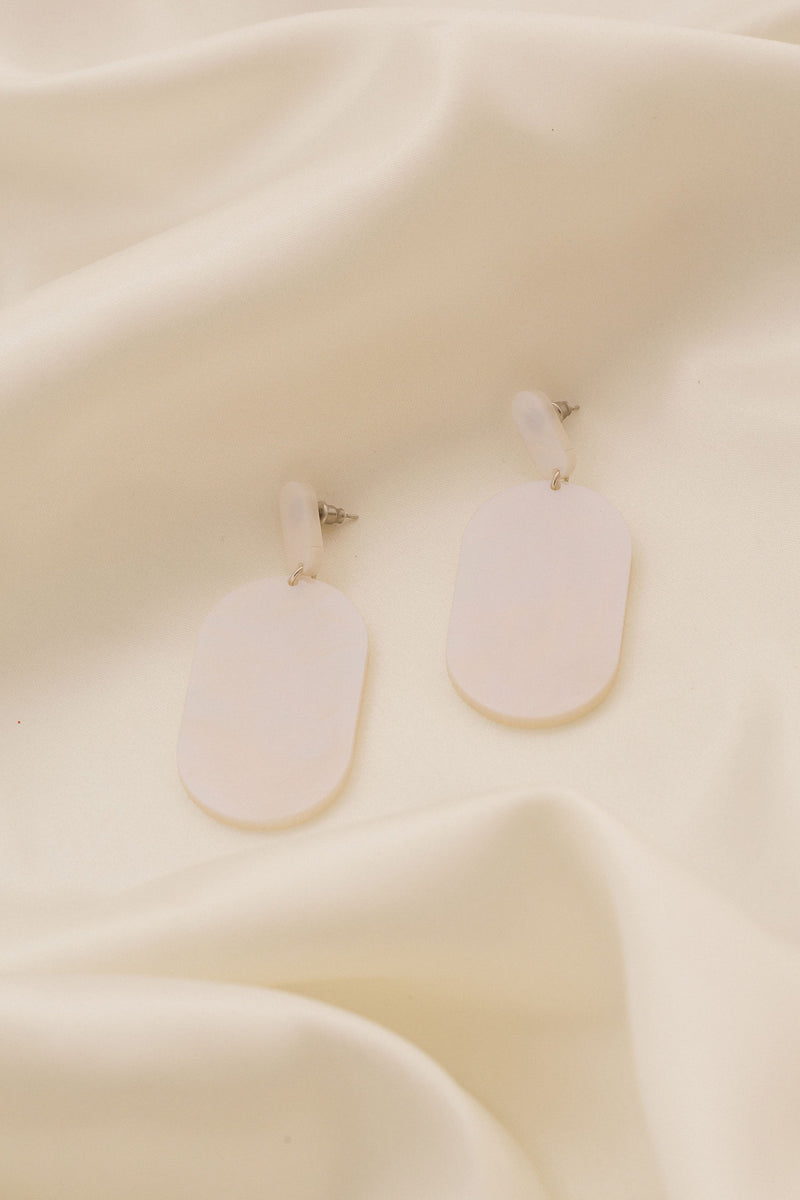 Dorothy Earrings - Pearl