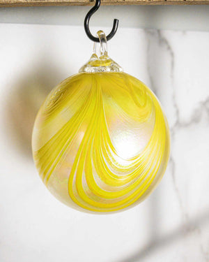 Daisy Swirl Ornament - Edgecomb Potters