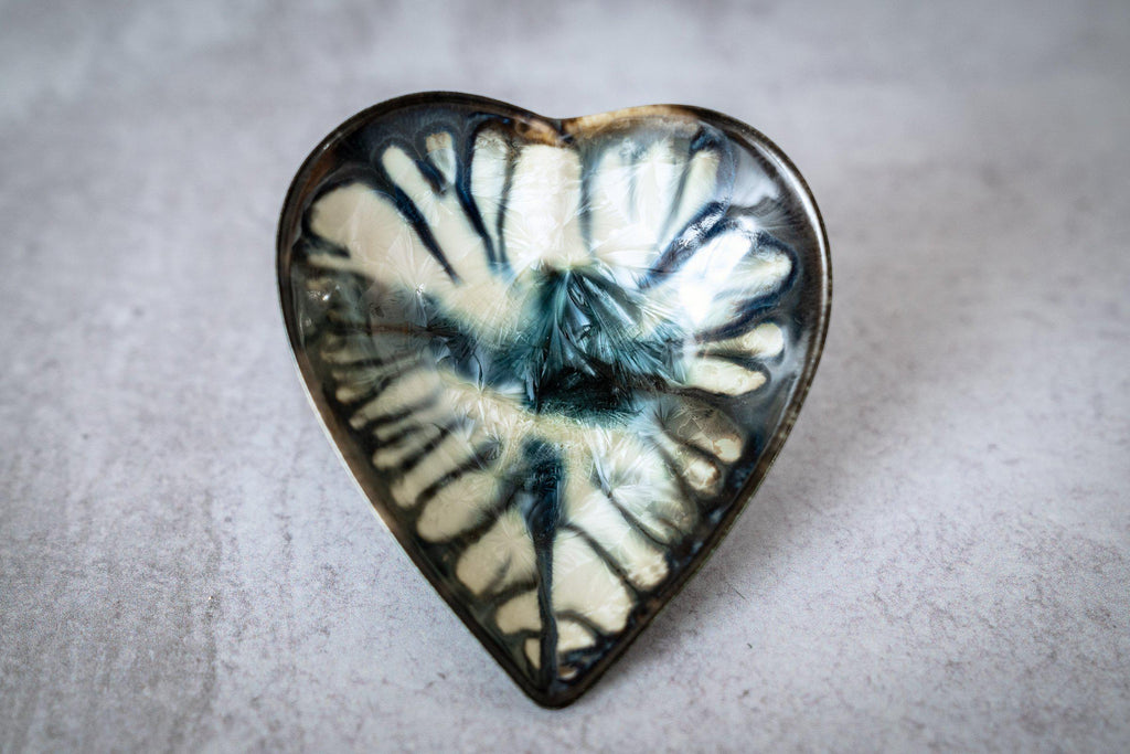 Hearts for Gosia-Winter Storm-Edgecomb Potters (4127872450700)