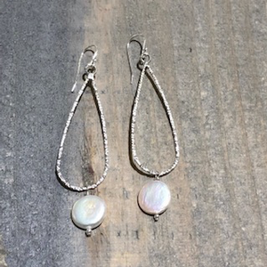 Lg Teardrop Earrings With Pearl - Edgecomb Potters