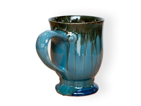 the cafe pottery mug with a large looping handle