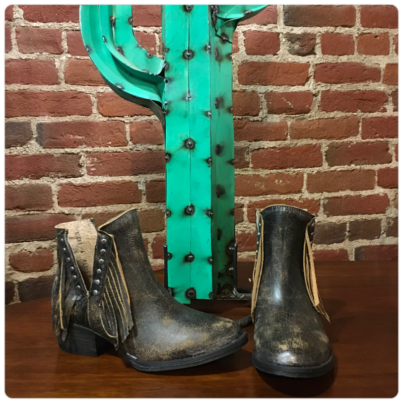 Circle G by Corral Fringe & Stud Boots