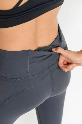 Image of Highwaist Performance Essential Solid Leggings