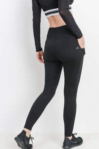 Highwaist Essential Leggings with Zippered Side Pockets
