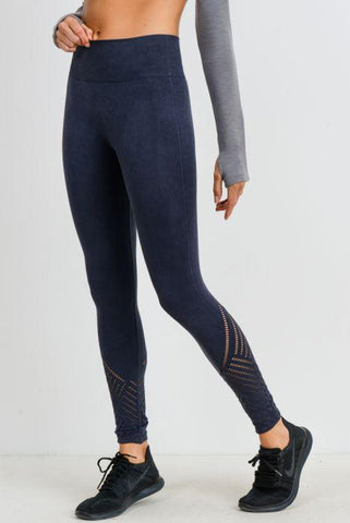 Image of Seamless Blossoms Perforated Highwaist Leggings