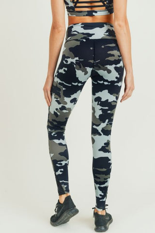 Jungle Camo Criss-Cross Strap Highwaist Leggings