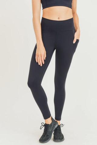Image of Lycra-Blend Essential Sweetheart Back Highwaist Leggings