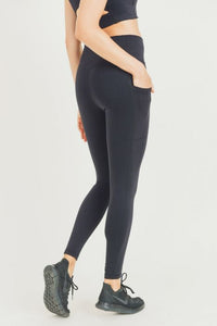 Lycra-Blend Essential Sweetheart Back Highwaist Leggings