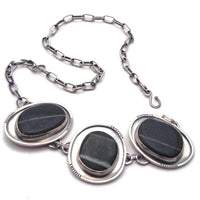 River Stone and Sterling Silver Necklace (z)