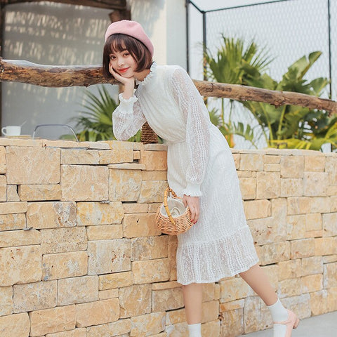 Free shipping Spring Korean version sweet little Qing half high collar long white long sleeved lace dress girl student.