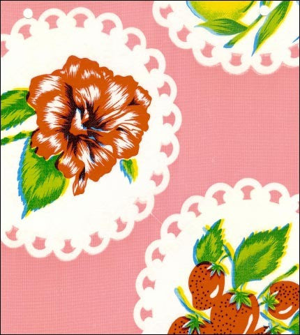 Round Oilcloth Tablecloth in Doily 2 Pink