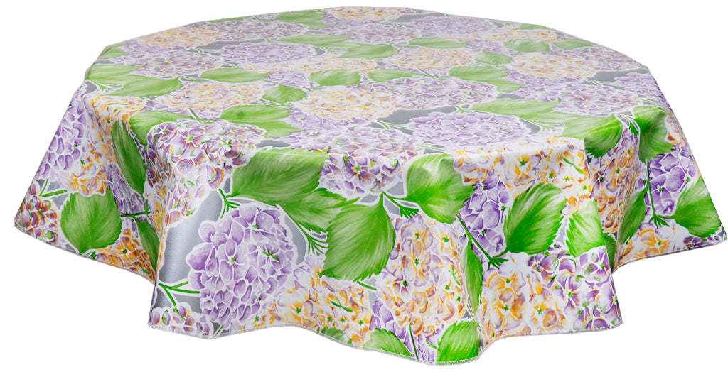 Round Oilcloth Tablecloth in Hydrangea Silver