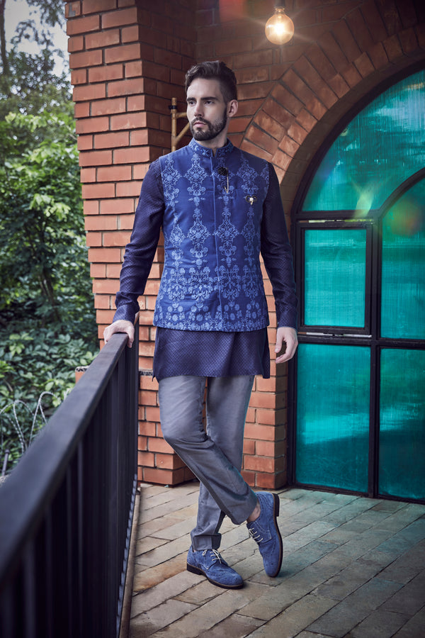Aegon Bandhi Jacket - Short Kurta - Trouser
