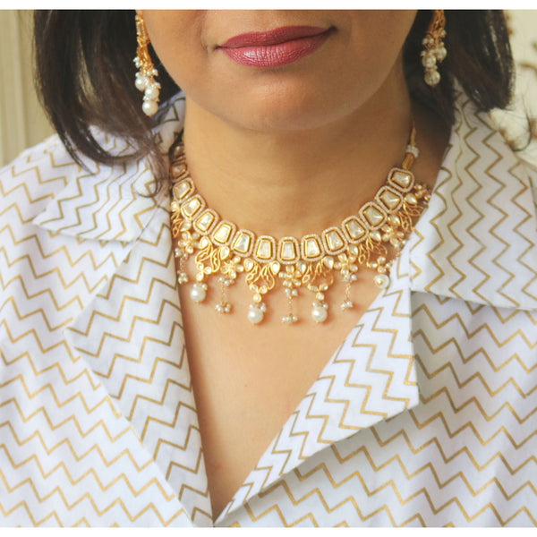 Chic Kundan Necklace Set