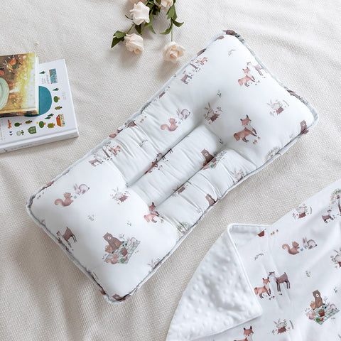 Double Pillow Modern Dot White