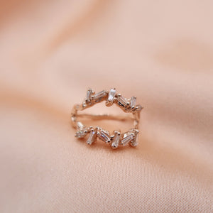 Double Baguette Wave Ring