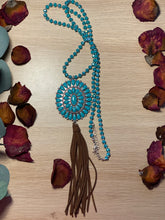 Load image into Gallery viewer, Concho Pendant Necklace