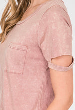 Load image into Gallery viewer, Mineral Washed Front Pocket Top In Pink