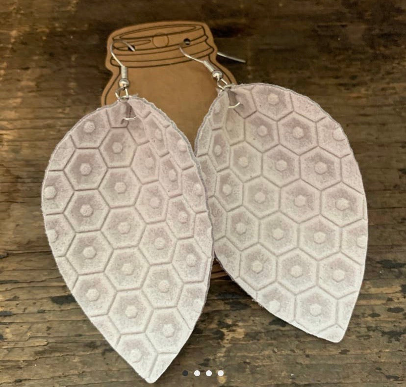 Cream Honeycomb Textured Leather Earring