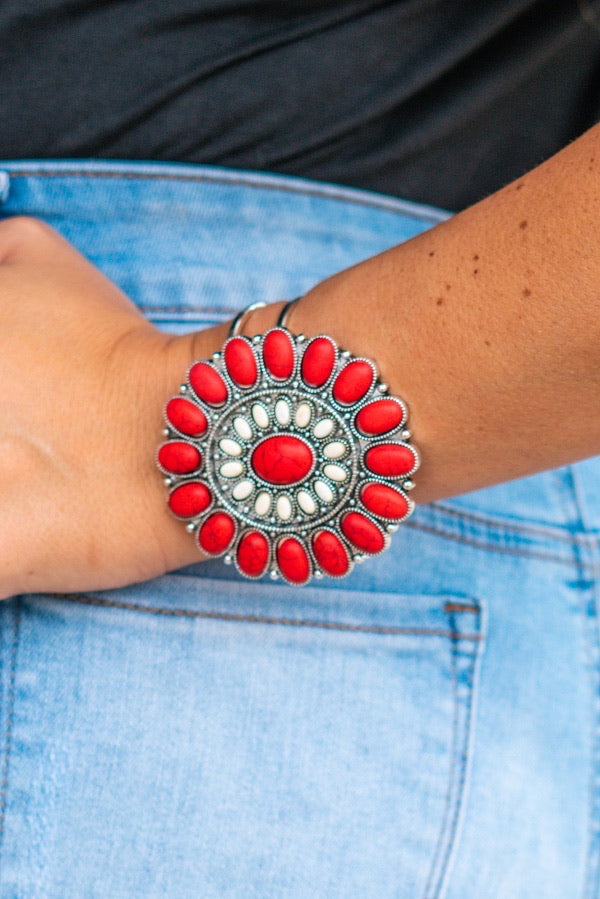 Red & White Flower Concho Hinged Bracelet With Gemstone