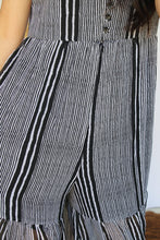 Load image into Gallery viewer, Black & White Stripes Cutout Jumper