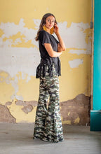 Load image into Gallery viewer, Light Vintage Camo Denim Stretch Flare Jeans