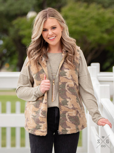 The Teddy Vest with Pockets, Camo