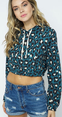 Knit Cheetah Print Cropped Pullover Hoodie