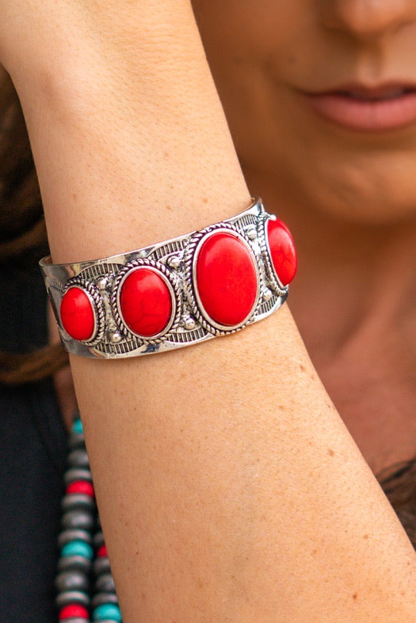Vintage Silver Red Oval Stone Cuff