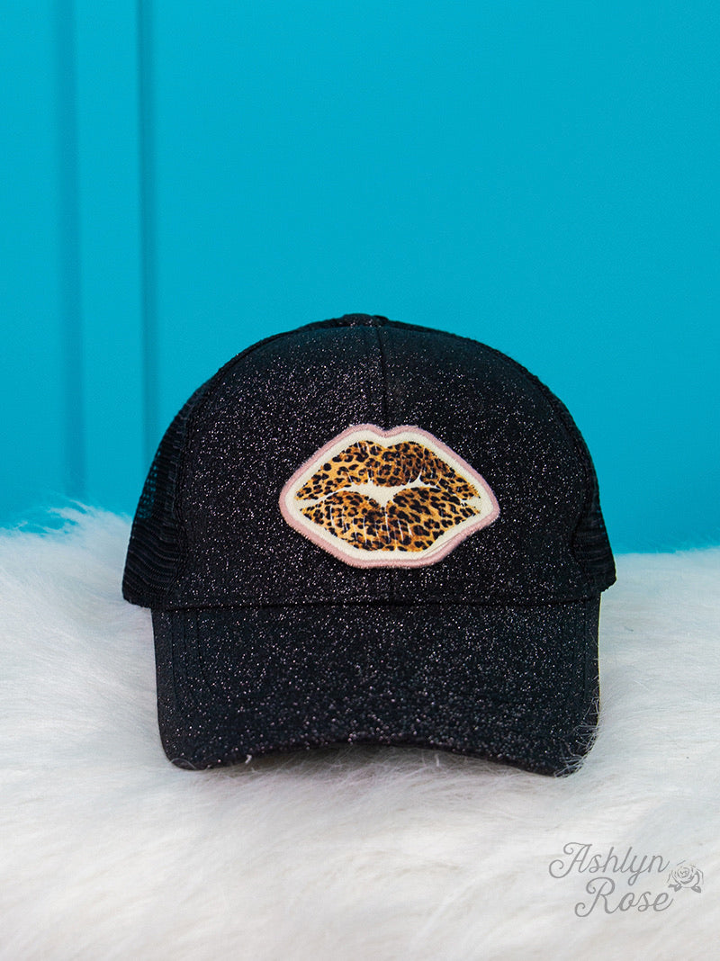 Leopard Lips Patch On Black Glitter High-Ponytail Hat