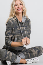 Load image into Gallery viewer, Camo Drawstring Hoodie