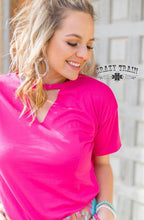 Load image into Gallery viewer, PINK TEXTLINE VNECK SHIRT