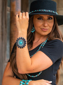 Black And Turquoise Flower Concho Hinged Bracelet With Gemstone