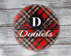 Cutting Boards | Personalized Cutting Board | Custom Glass Cutting Board | Round | Red and Black Plaid | This and That Solutions | Personalized Gifts | Custom Home Décor