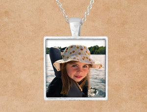 Pendants | Custom Jewelry | Personalized Jewelry | Pendant Necklace | Custom Photo | This and That Solutions | Personalized Gifts | Custom Home Décor