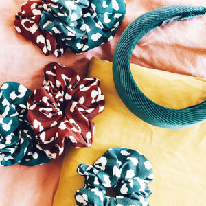 'Sienna' leo dotted scrunchies - 2 colors available