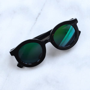 'Throwin' Shade' black round sunglasses with coloured mirrored glasses