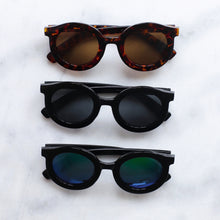 Load image into Gallery viewer, 'Throwin' Shade' black round sunglasses