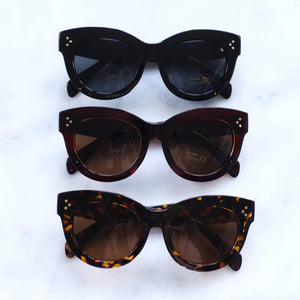 'Oh you fancy' classic black sunglasses