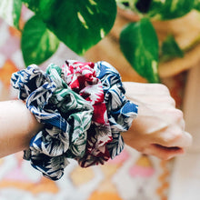 Load image into Gallery viewer, Ivy green printed scrunchie