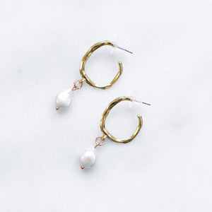 'Maja' pearl drop golden hoops