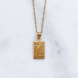 'Naomi' gold pendant necklace