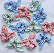 Load image into Gallery viewer, Emma floral bow scrunchies - 3 colors available