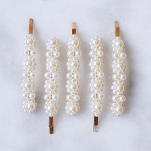 Load image into Gallery viewer, Adelie pearl hair barrette